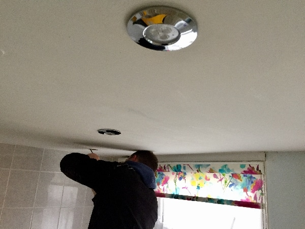 Ip rated led downlights installation