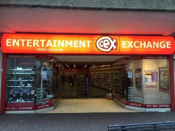 Sign lighting install for CEX Beford store by our electricians